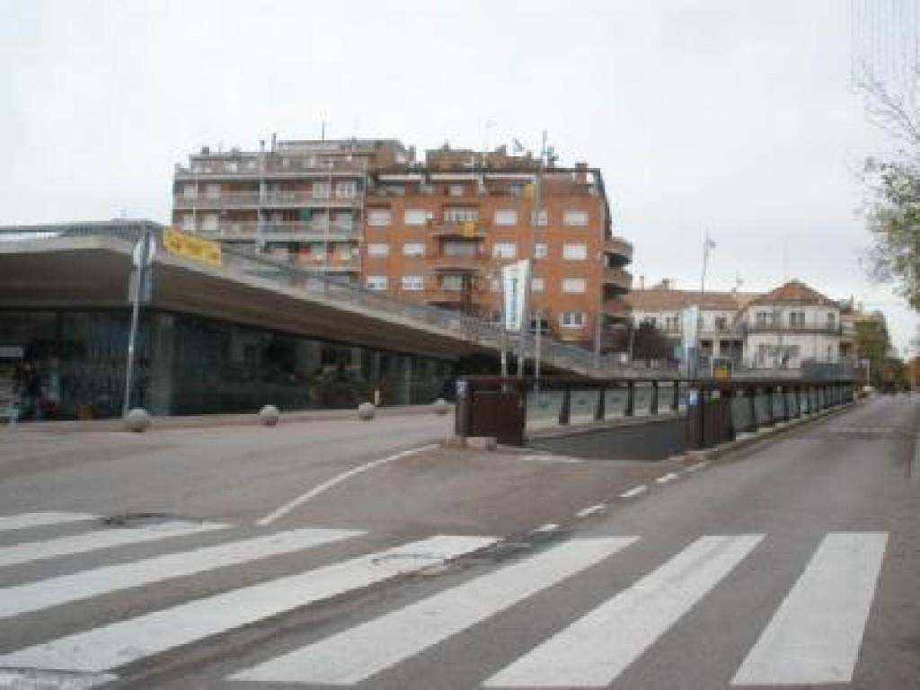 Parking parking pla a major castellar saba busca - Tiempo castellar del valles ...