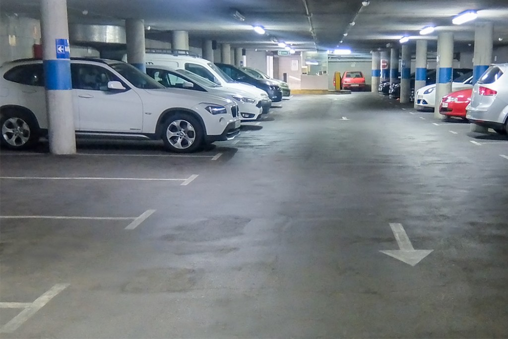 Plazas parking Colon Barcelona