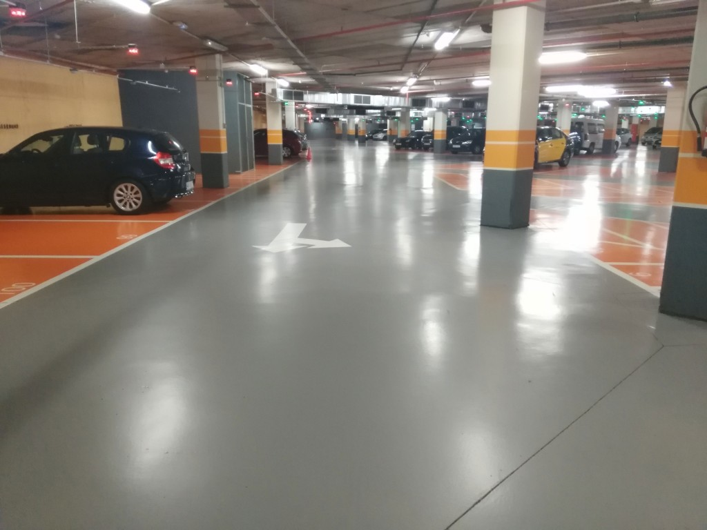 Reserva en Parking Encants con plazas cubiertas